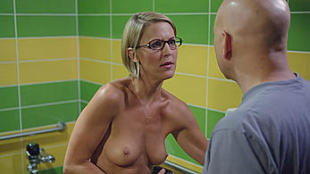 Actress - Stacey Scowley: Movie - Californication