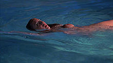 Eva Amurri fully nude in a pool scenes from Californication