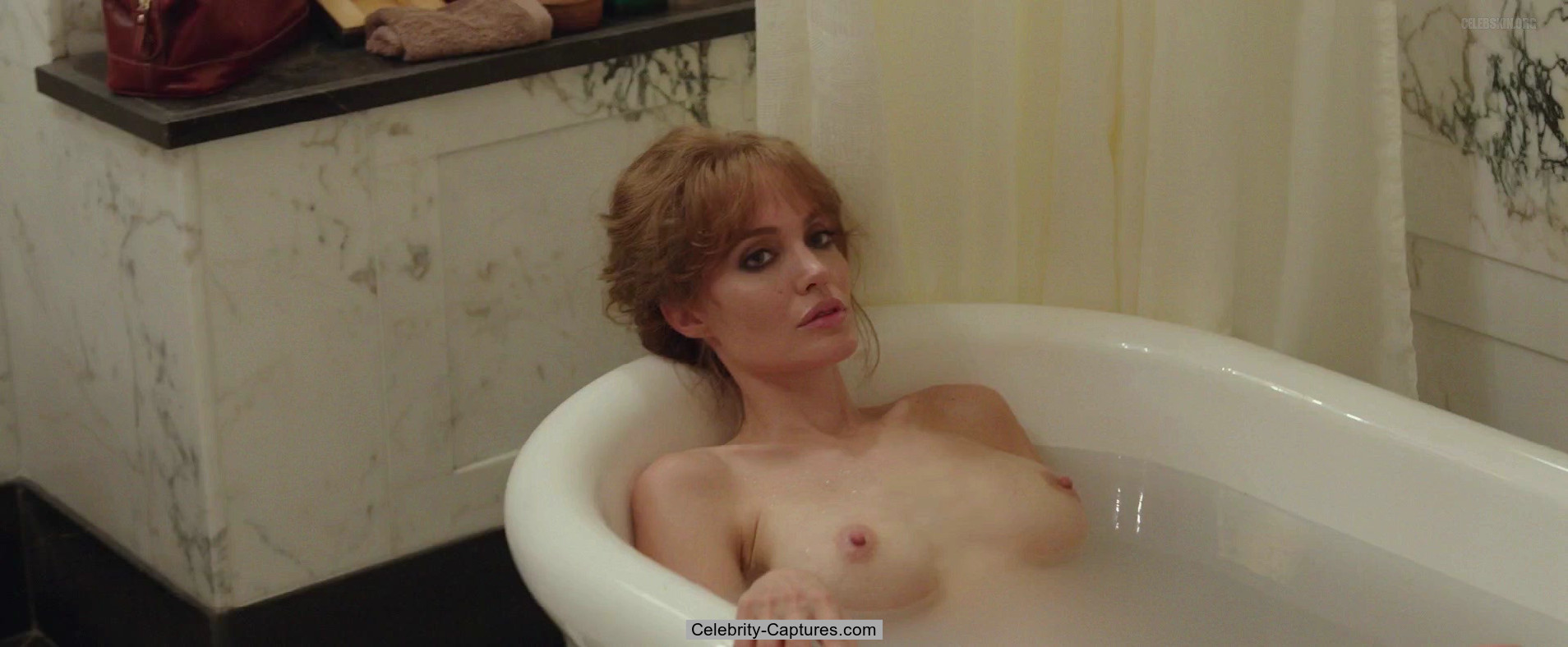 angelina jolie nude vidcaps from by the sea