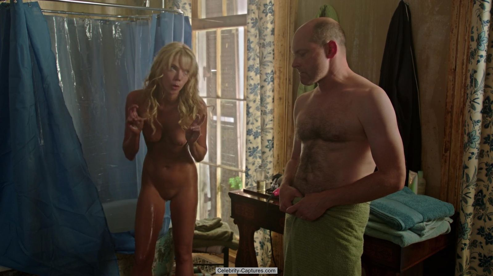 Riki Lindhome totaly naked scenes from Hell Baby