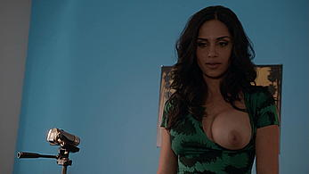Actress - Nishi Munshi: Movie - Californication